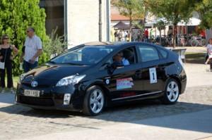 Με την απονομή των επάθλων, που έγινε το απόγευμα της Κυριακής 19 Σεπτεμβρίου, στο Casino Club, στο Λουτράκι, ολοκληρώθηκε το «High-Tech Ecomobility Rally 2010»