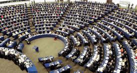 Αύξηση του ρυθμού απασχόλησης ζητούν οι ευρωβουλευτές