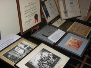 Αντικείμενα από τις συλλογές που προορίζονται για το Μουσείο Τουρισμού