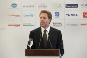 Ο υπουργός Τουρισμού «άνοιξε τα χαρτιά του» στο ΣΕΤΕ