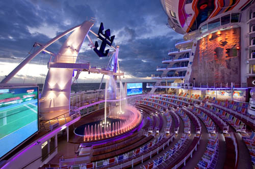 Allure of the Seas: Ένα κρουαζιερόπλοιο πέρα από κάθε φαντασία