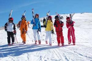 Στο Χιονοδρομικό Κέντρο Παρνασσού Ανοιχτός Αγώνας Σκι για παιδιά 6 έως 12 ετών