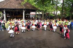 Με ελληνικά χρώματα ντύθηκε το Holiday Park στη Φρανκφούρτη