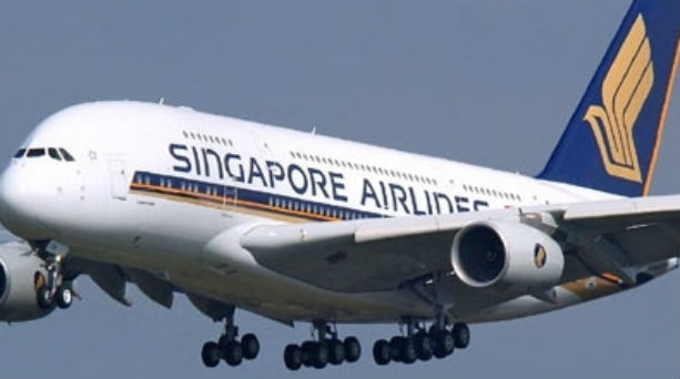 Η Singapore διακόπτει τις πτήσεις της για Bangkok, από 1-3, Νοεμβρίου, 2011