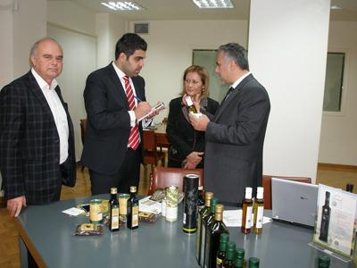 Ενδιαφέρονται για τα κρητικά προϊόντα οι Άραβες επιχειρηματίες