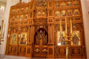 aegina-st-nektasios-temple-inside