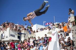 Red Bull Art of Motion: Με τους καλύτερους Freerunners του κόσμου στη Καλντέρα!