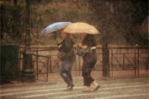 Με τεχνητή βροχή εξασφάλισε η Ελλάδα νερό για τα 25 εκ τουρίστες που περιμένουμε το 2015