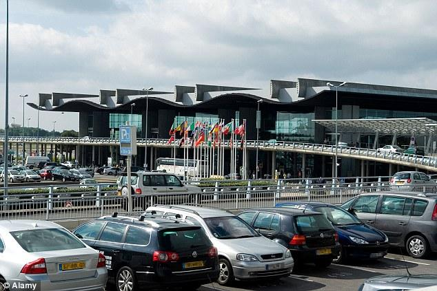 Bordeaux airport has been partly evacuated following reports of a bomb threat