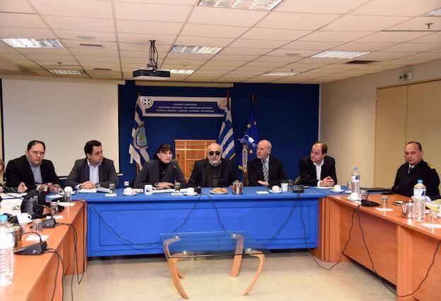 Ευρεία σύσκεψη για την περαιτέρω τουριστική προβολή των νησιών που σήκωσαν το βάρος της προσφυγικής κρίσης