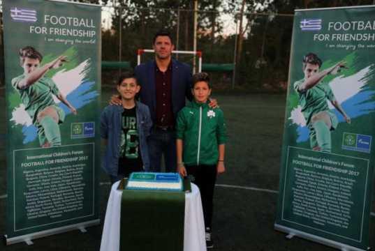 """Τάκης Φύσσας, πρεσβευτής της Ελλάδας στο διεθνές κοινωνικό πρόγραμμα """"Ποδόσφαιρο για τη Φιλία"""""""