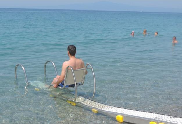 Στο Filoxenia μηχανισμός Seatrac για πρόσβαση ΑΜΕΑ στη θάλασσα