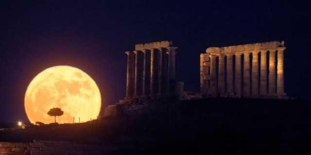 νύκτα αρχαιολογικούς χώρους