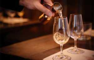 Ταξίδι στον κόσμο του ουίσκι στο The Westin Resort Costa Navarino