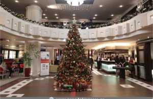 Pre-Christmas πάρτι στο ανακαινισμένο Ballroom του Crowne Plaza Athens City Centre