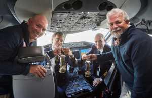 Η ETIHAD AIRWAYS ΜΕΤΑΦΕΡΕΙ ΤΗ ΦΛΟΓΑ ΤΗΣ ΕΛΠΙΔΑΣ ΤΩΝ SPECIAL OLYMPICS ΑΠΟ ΤΗΝ ΑΘΗΝΑ ΣΤΟ ABU DHABI