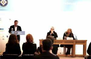 Το λιμάνι ως θέατρο αλλαγής του κόσμου: Αθήνα – Πειραιάς, μια σχέση αμφίδρομη»