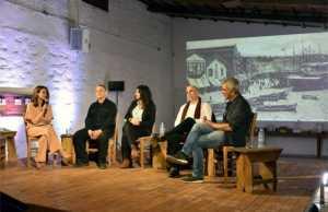 Οι ΔΙΑΛΟΓΟΙ του Ιδρύματος Σταύρος Νιάρχος στην Πρώτη τους Εξόρμηση στη Σύρο σε μια Εκδήλωση για την Ιστορία του Ρεμπέτικου