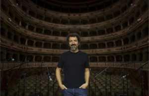 Γνωριμία με τον Ιταλό σκηνοθέτη Andrea De Rosa, καθηγητή του φετινού Λυκείου Επιδαύρου