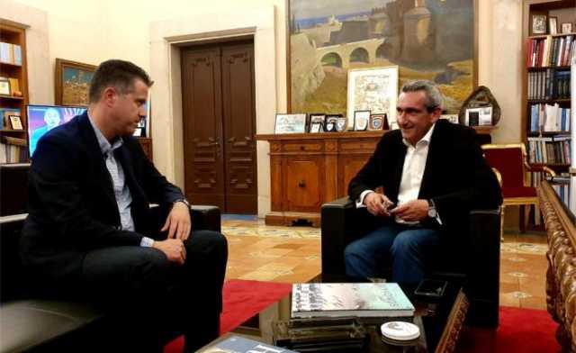 Συγχαρητήρια του Προέδρου της ΠΟΞ στον Περιφερειάρχη, Γ. Χατζημάρκο, για την υποδειγματική τουριστική πολιτική στο Νότιο Αιγαίο