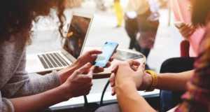 8 στους 10 πολίτες ανησυχούν για την ιδιωτική τους ζωή στο Διαδίκτυο