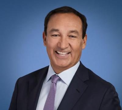 United Airlines CEO, Oscar Munoz, to step down