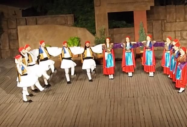 Το Θέατρο Ελληνικών Χορών
