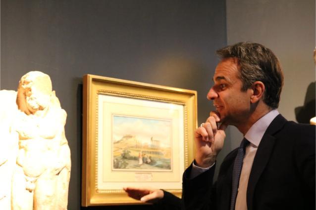 Εγκαίνια από τον Πρωθυπουργό της έκθεσης «Δι' αυτά πολεμήσαμεν… Αρχαιότητες και Ελληνική Επανάσταση» στο ΕΑΜ
