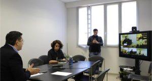 Τηλεδιάσκεψη Τζιτζικώστα με τους Αντιπεριφερειάρχες