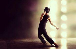 ενίσχυση του χορού και της μουσικής