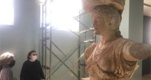 Αυτοψία της Υπουργού Πολιτισμού και Αθλητισμού Λίνας Μενδώνη στον αρχαιολογικό χώρο της Ελευσίνας