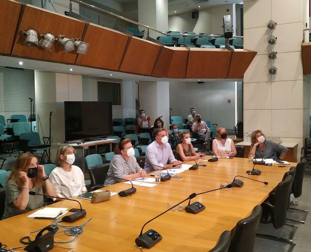 Η Λίνα Μενδώνη για τις φωτιές και την αποκατάσταση στο Τατόϊ